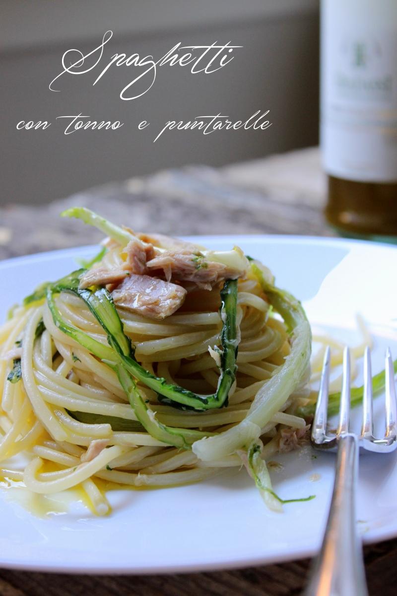 Spaghetti con tonno e puntarelle